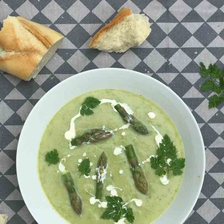 Asparagus and Pea Soup with Chervil