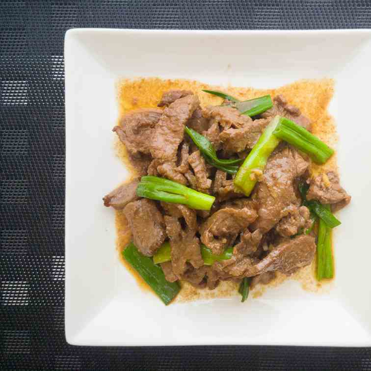 Green Onion and Beef Stir Fry