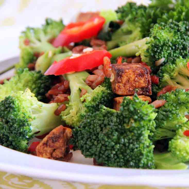 Broccoli and Tofu Stir-fry with Red Rice