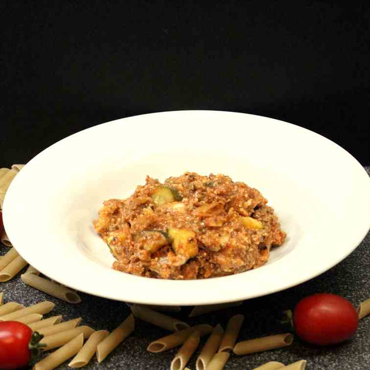 Spelt Pasta with Meat from the Slowcooker
