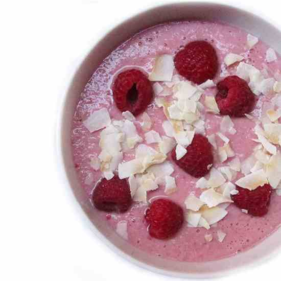 Raspberry Apple Smoothie Bowl