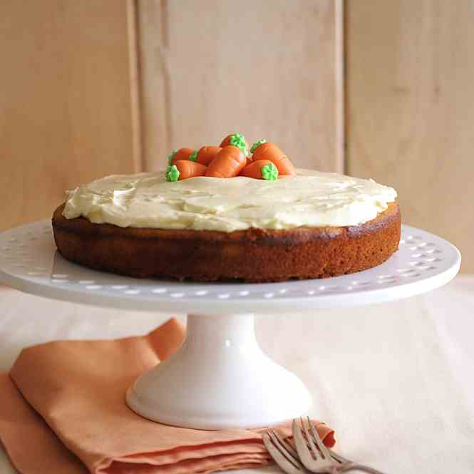 Carrot cake with honey and ginger