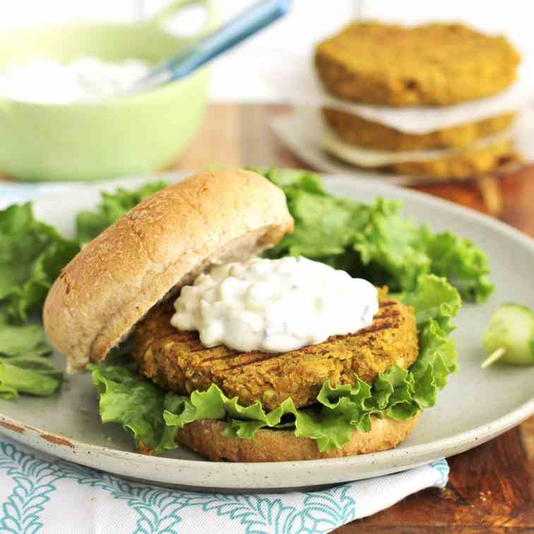 Curry spiced lentil burgers -vegetarian-