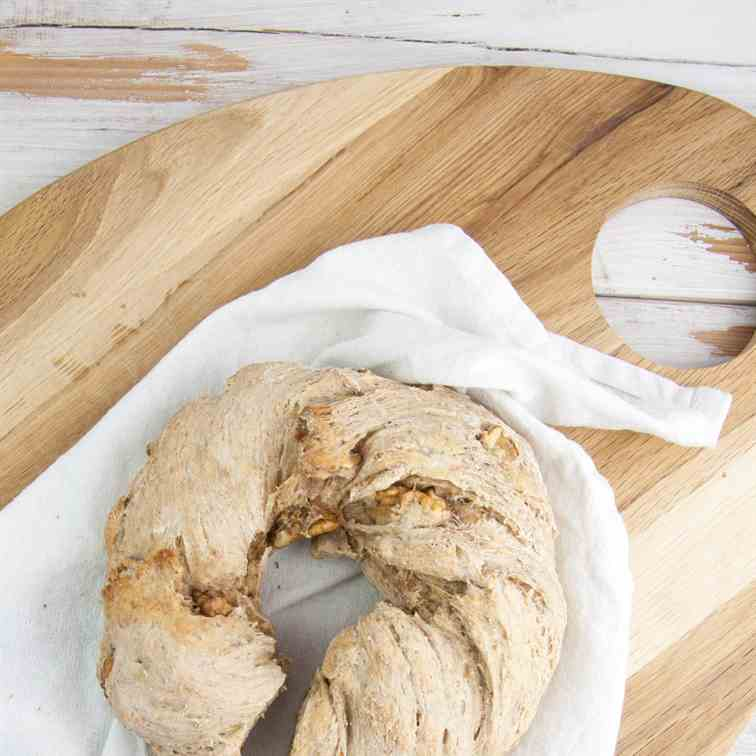 Walnut Bread Wreath
