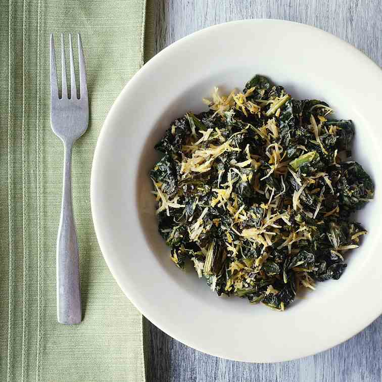 Sautéed Kale With Lemon & Romano