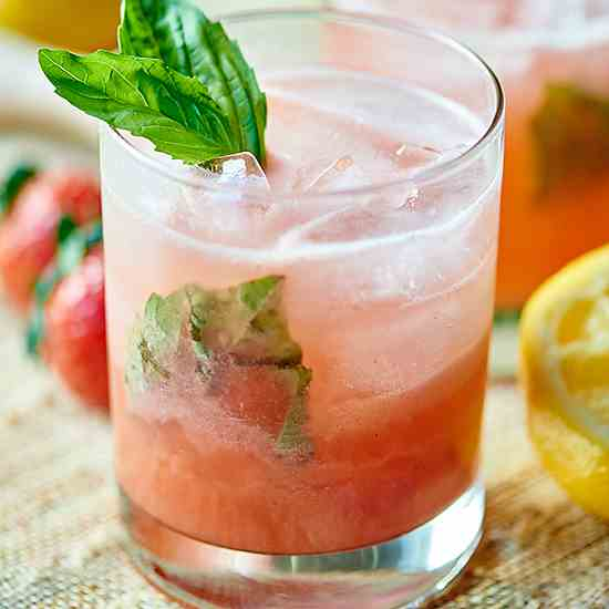 Strawberry Basil Gin Cocktail