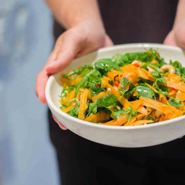 Carrot cashew summer salad