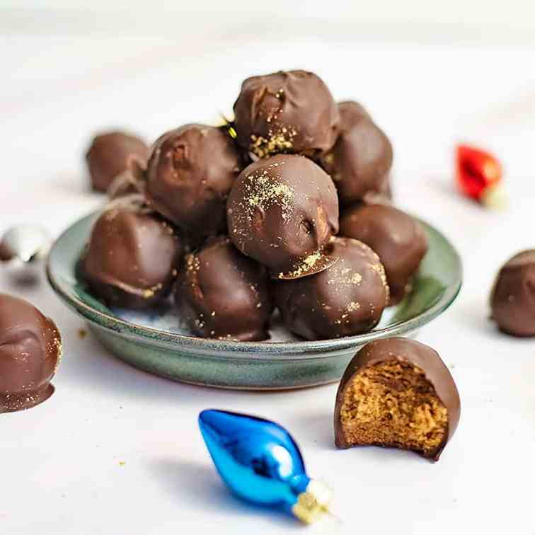 Healthy Gingerbread Truffles