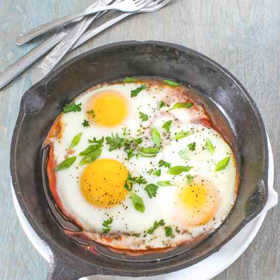 Shirred Eggs and Ham Skillet