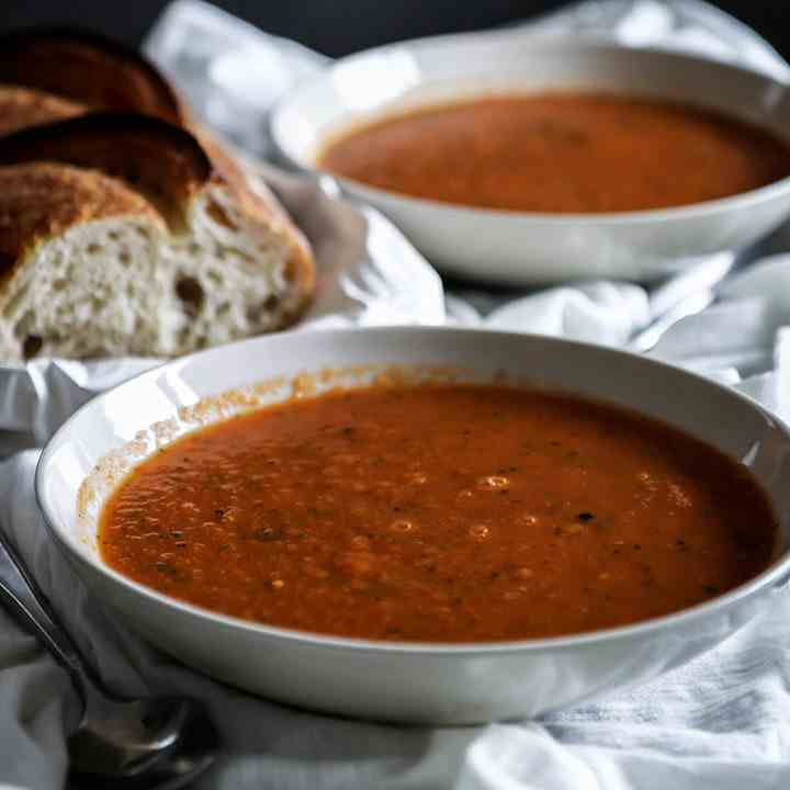 Roasted Tomato Leek Soup