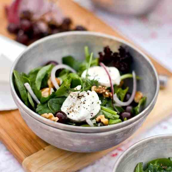 Grape, Goat Cheese, and Walnut Salad