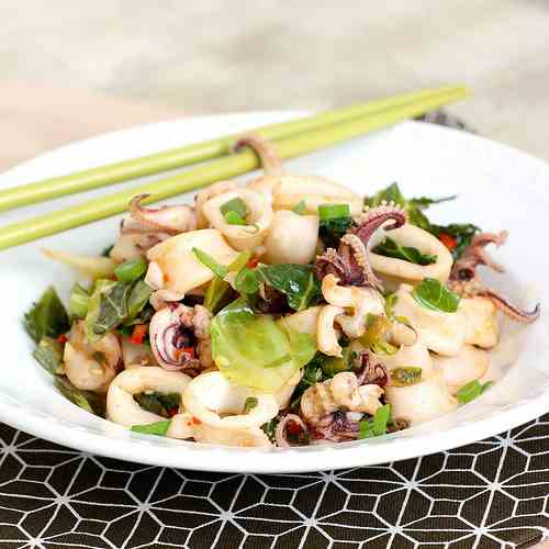 Stir-Fried Squid with Chili Sauce