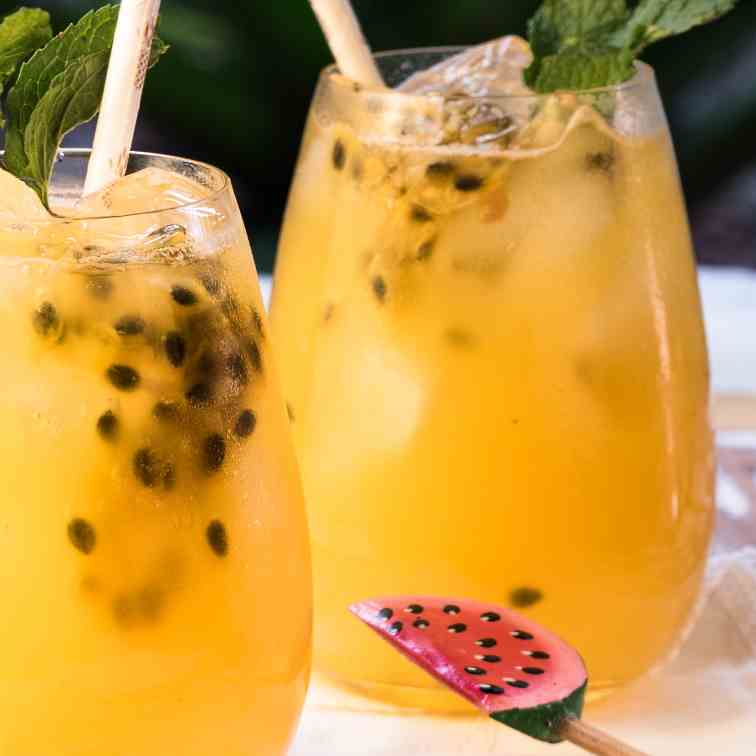 Passion Fruit and Ginger Mojitos