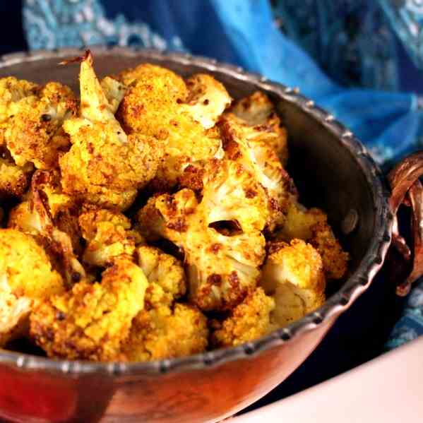 Roasted Cauliflower a Salmon Indian spices