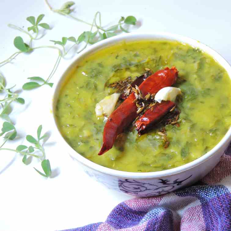 Pegion peas and fenugreek leaves curry