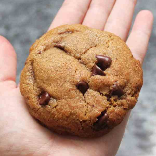 Giant Browned Butter Choc Chip Cookies