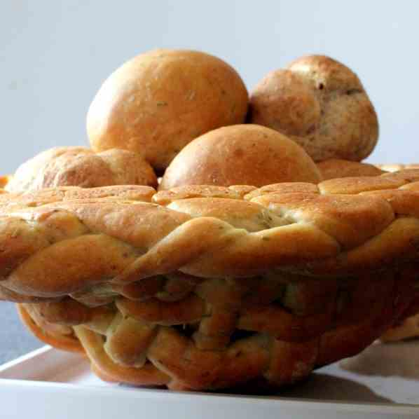 Bread Basket f Focaccia dough w breadrolls