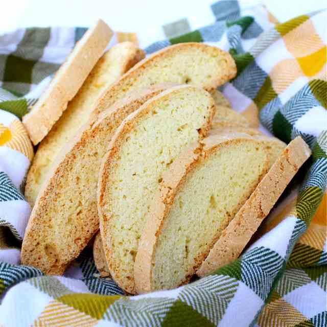 Lemon Limoncello Biscotti