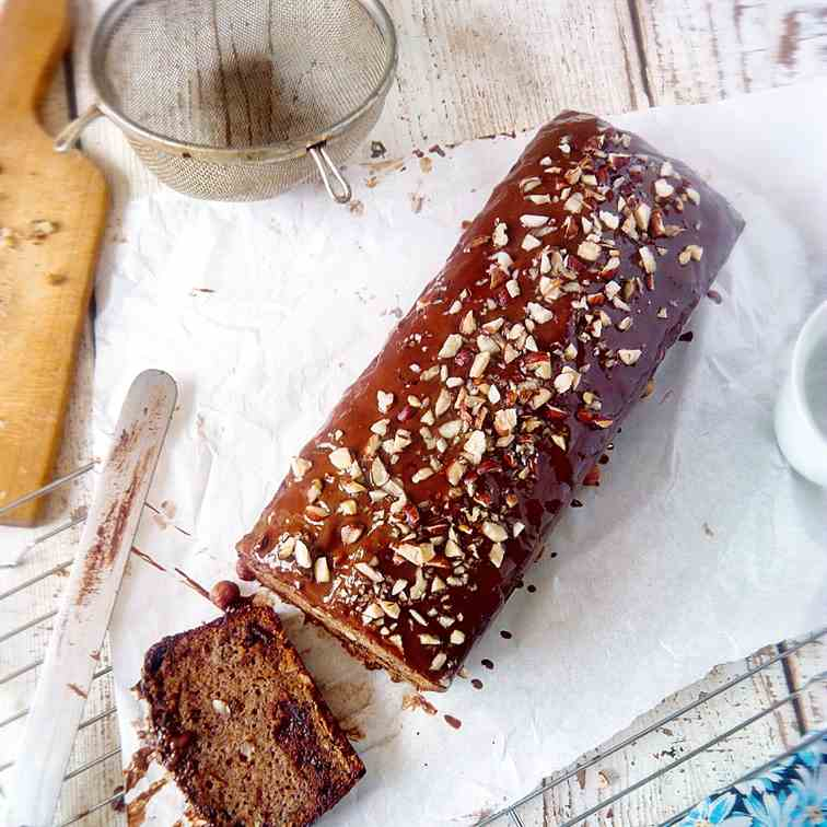 Banana bread with hazelnut and chocolate