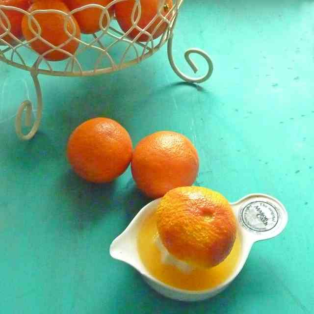 Juicing Clementines