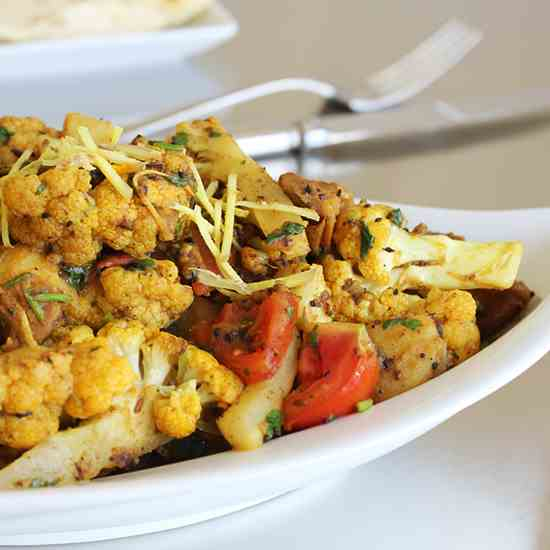 Aloo Gobi – Potatoes & Cauliflower