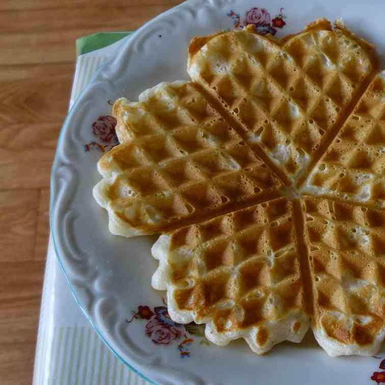 Homemade Easy Waffles