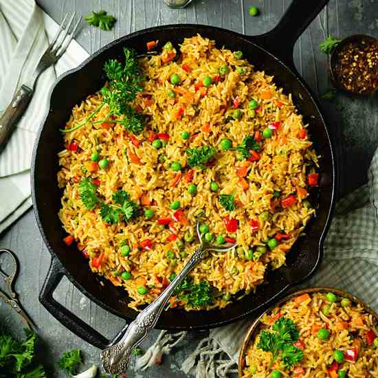 Easy Bosnian Djuvec Rice with Vegetables