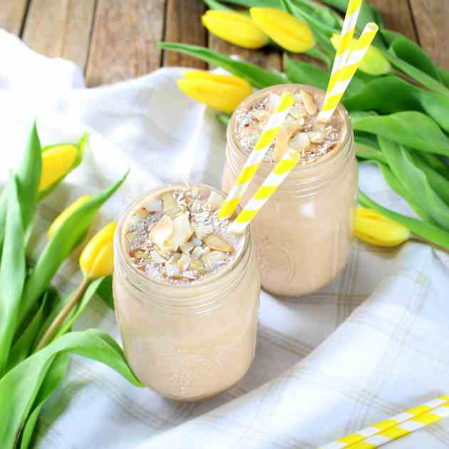 Healthy Almond Joy Protein Smoothie