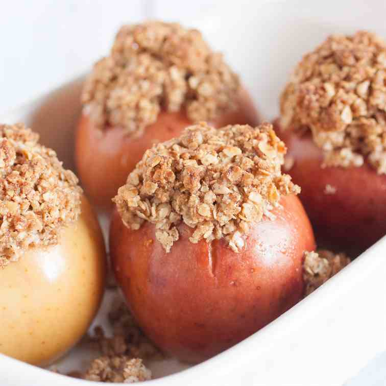 Easy Baked Stuffed Apples