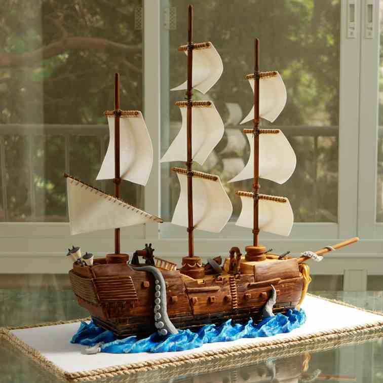 Pirate Ship Cake from Fondant