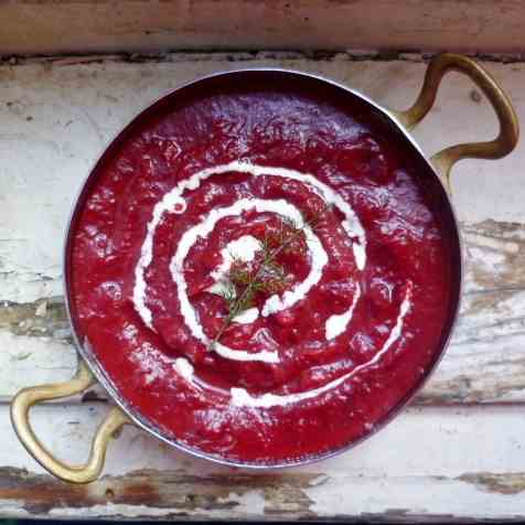 a winter warmer: borscht (beetroot soup)