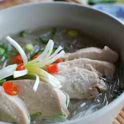 Vietnamese Chicken Glass Noodle Soup