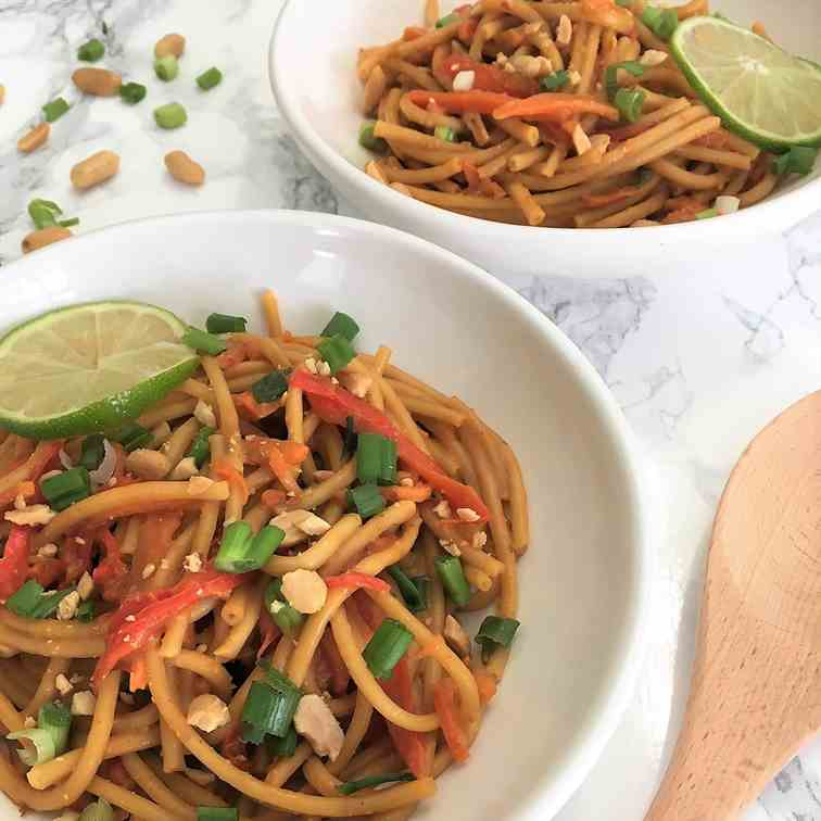 Instant Pot Spicy Thai Peanut Noodles