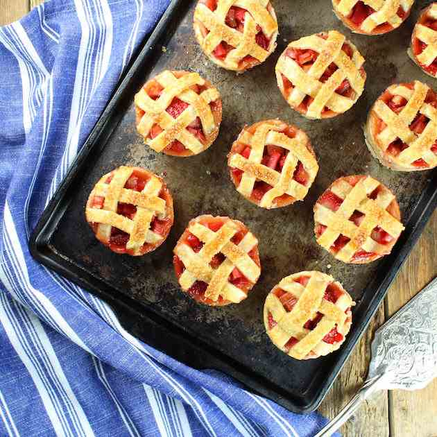 Mini Strawberry Rhubarb Pies