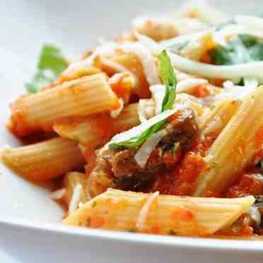 Pasta With Mushrooms, Red Bell Pepper And
