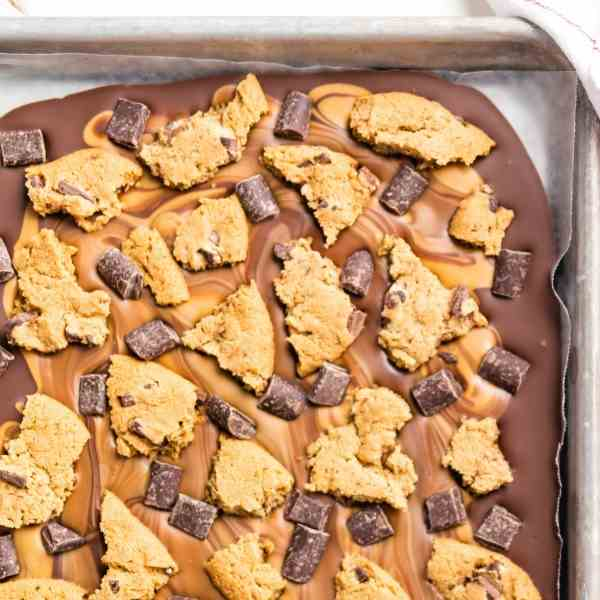 Peanut Butter Chocolate Chip Cookie Bark