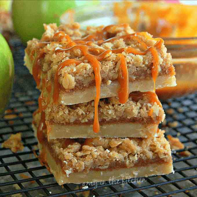 gluten free caramel apple pie bars