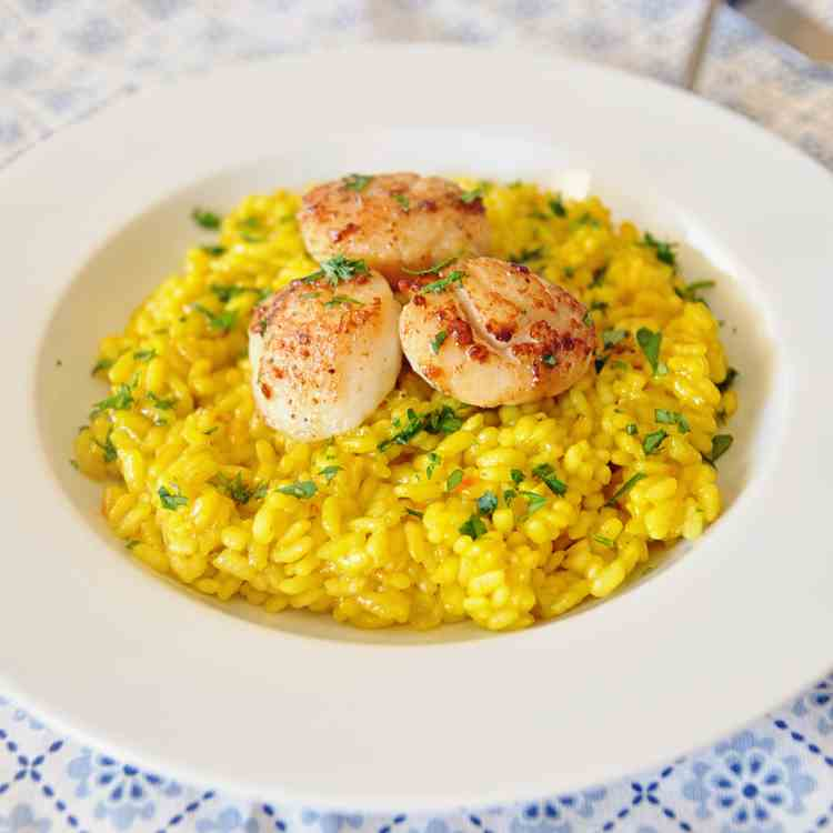 Saffron Infused Rice with Seared Scallops