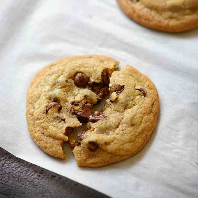 Crunchy Soft Batch Chocolate Chip Cookies