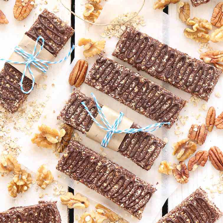 Homemade Protein Bars with Oatmeal