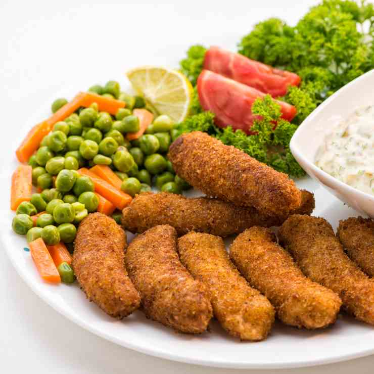 Crispy Fish Fingers with Tartar Dip