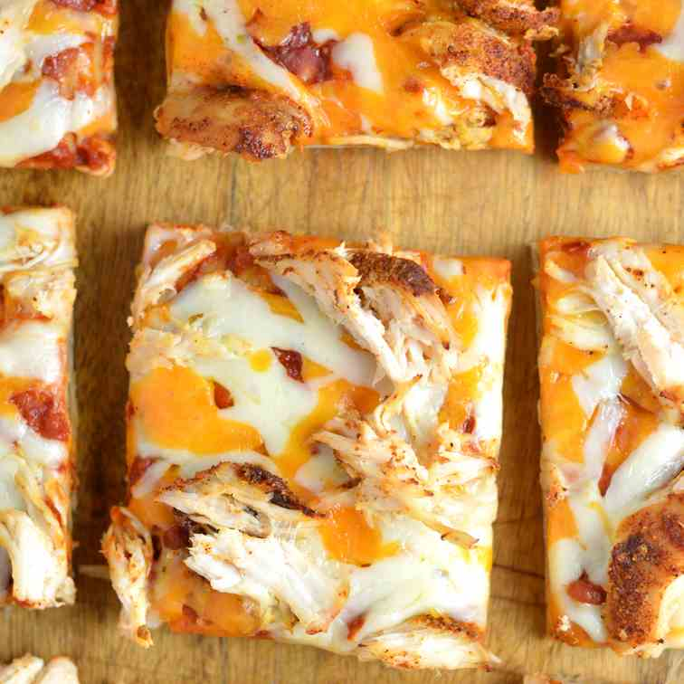 Leftover Chicken Flatbread Pizza