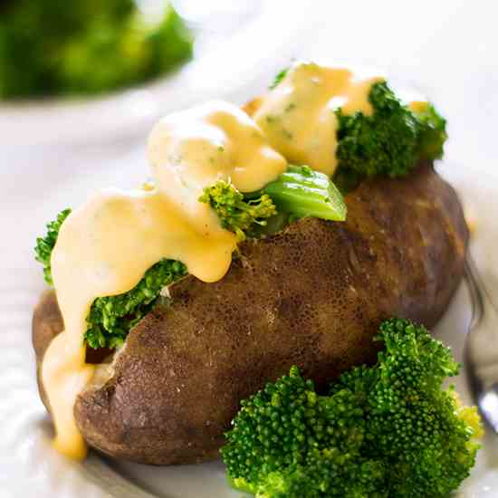 Slow Cooker Baked Potatoes With Broccoli