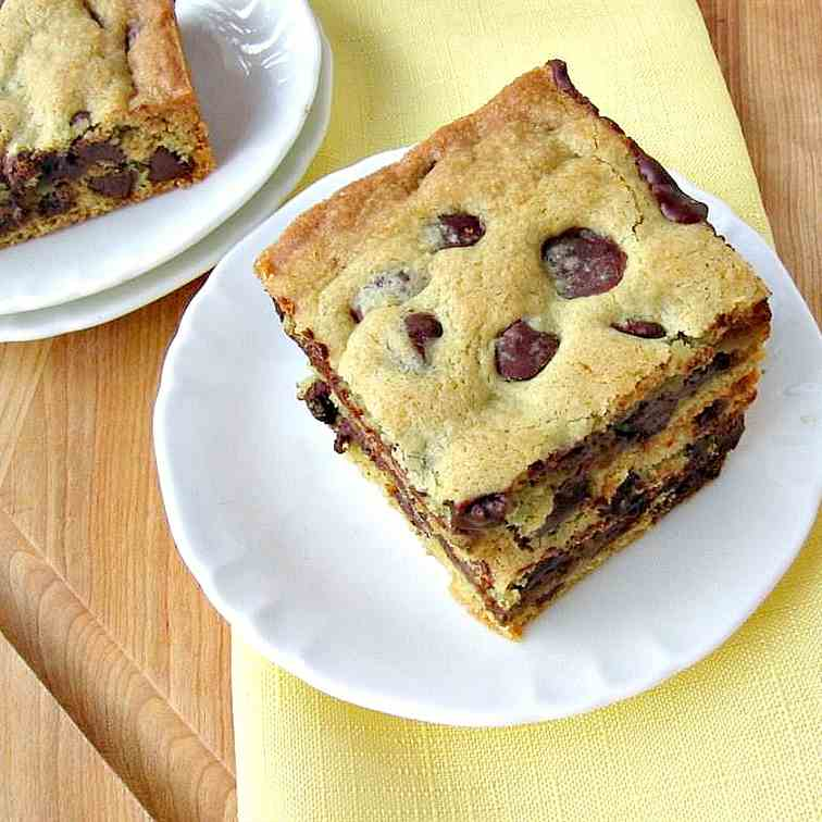 Chocolate Chip-Pistachio Bars