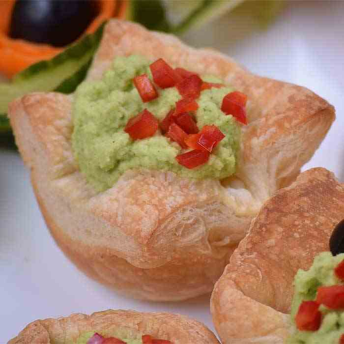 Light Avocado Pastry Cups