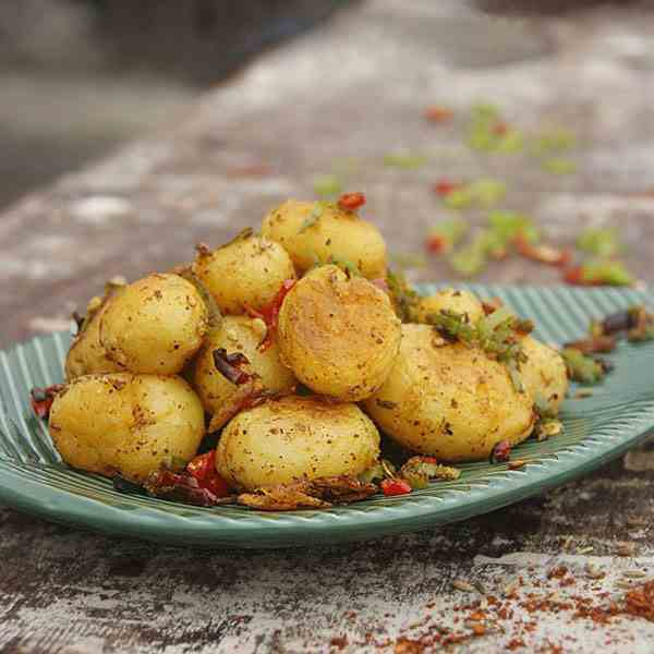 Potato Pieces with Cumin and Spiced Salt