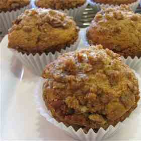 Coffee Cake Muffins with Cinnamon Streusel