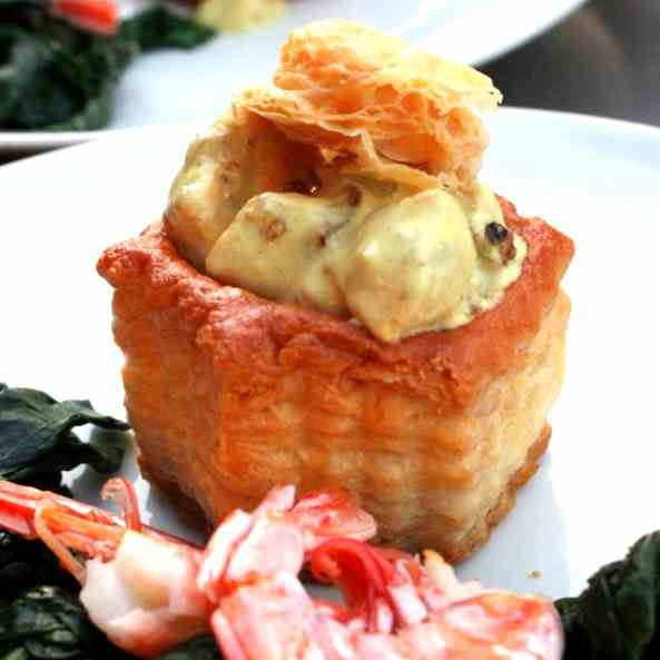 Vol-au-vent with Salmon in Coconut Milk