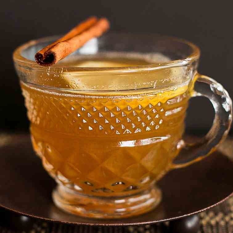 Spiced Chamomile Ginger Hot Toddy