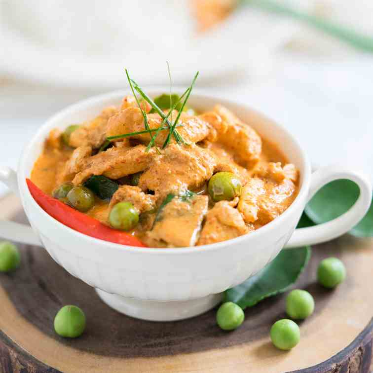 Easy Thai Chicken Panang Curry